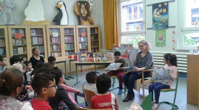 Lesung mit Frau Harriet Grundmann